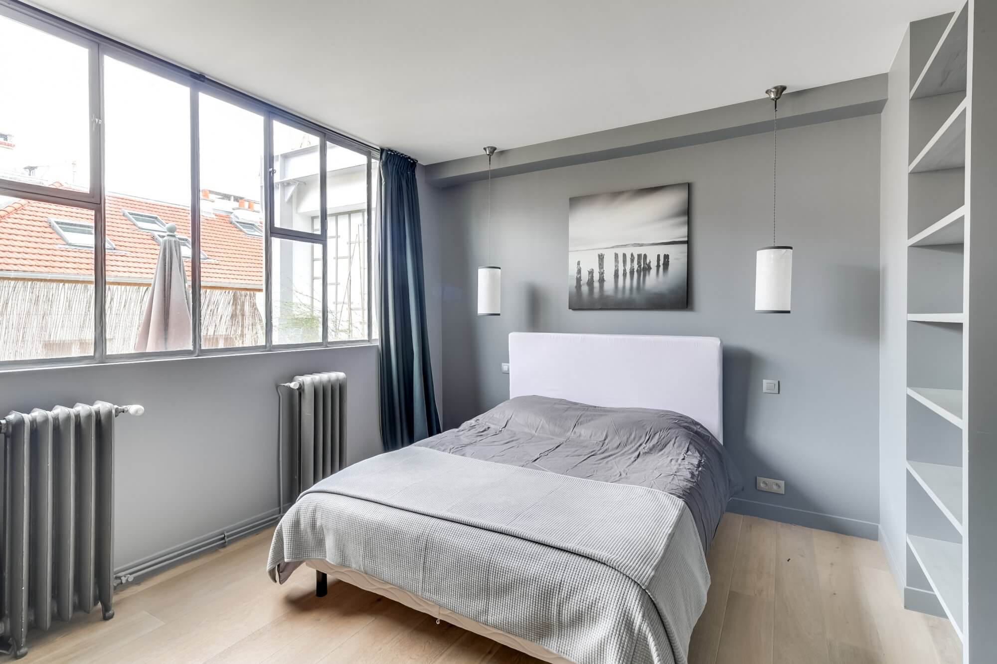 Canal Saint Martin Penthouse - Bedroom
