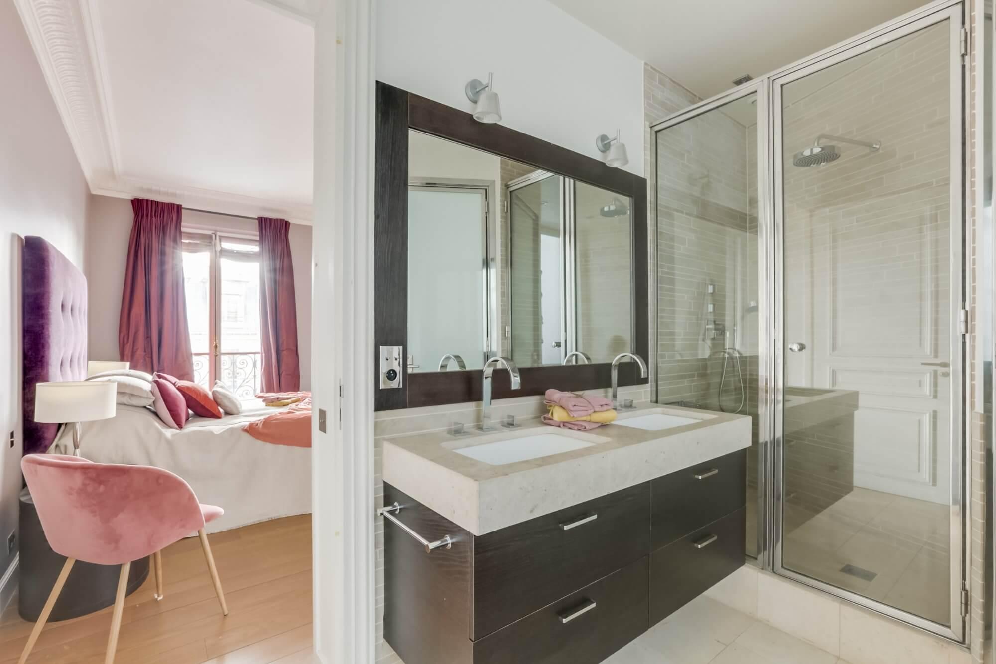 Etoile Hoche - Bathroom