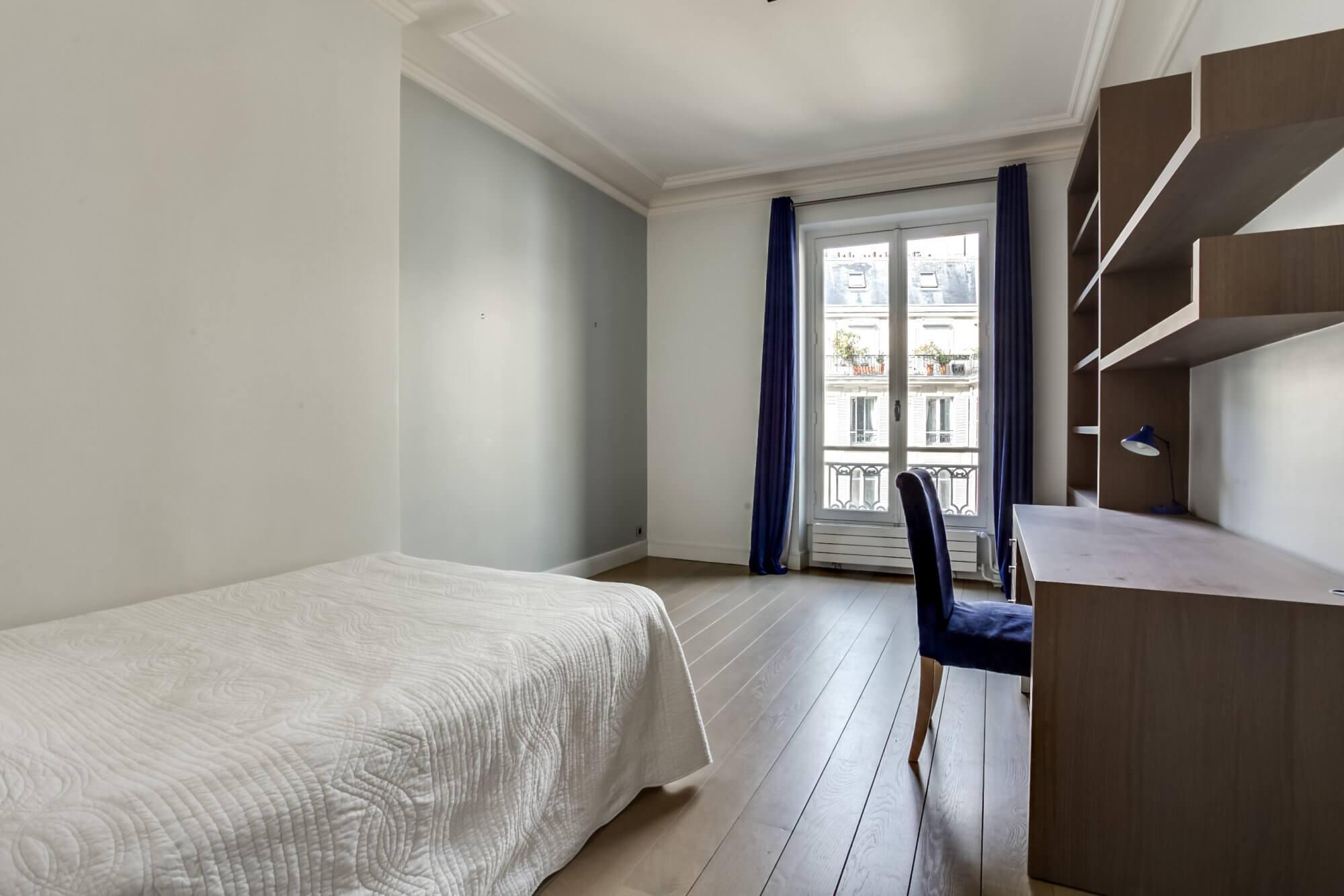 Etoile Hoche - Bedroom