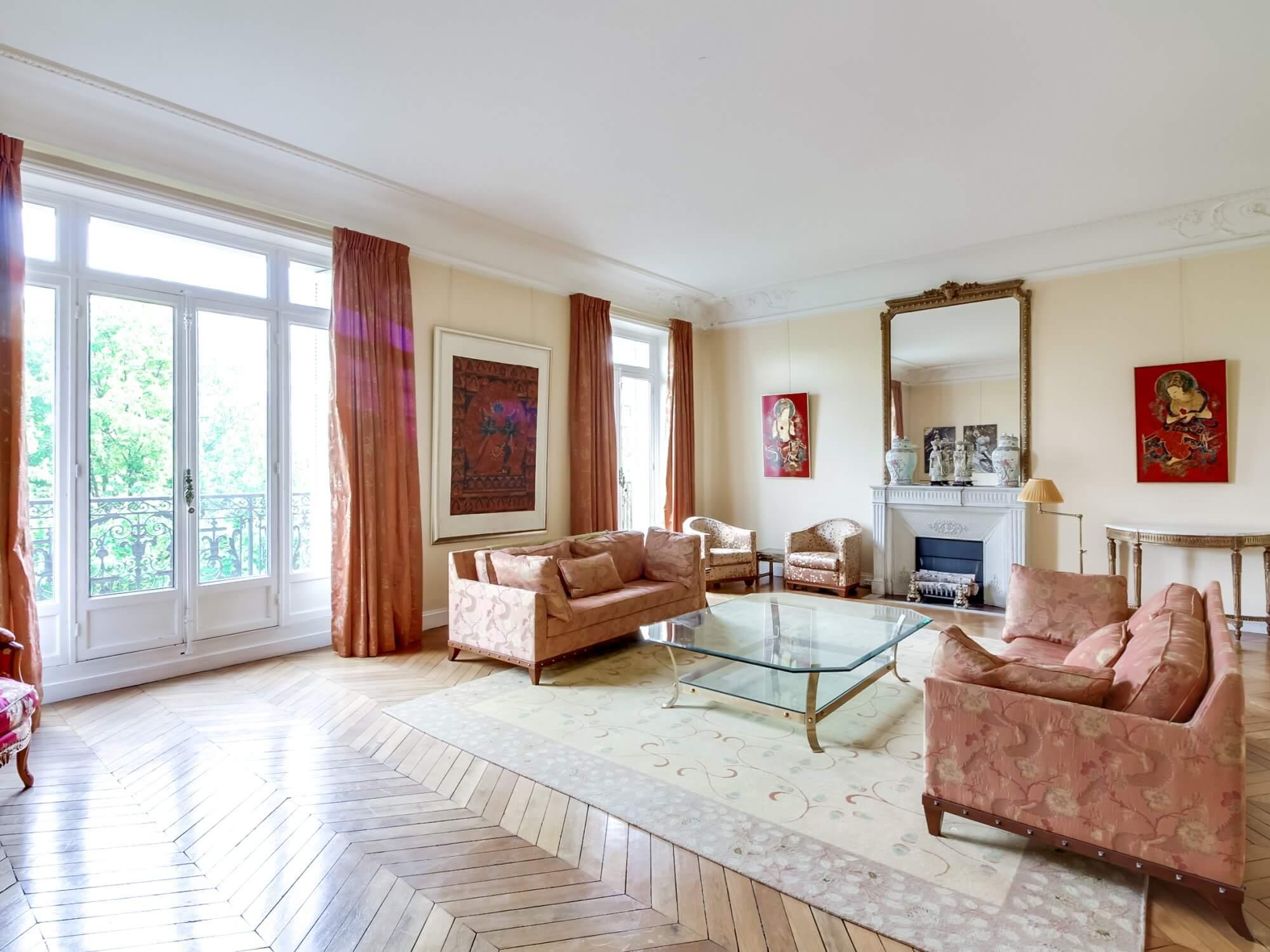 Etoile Mandel Scheffer - Living Room